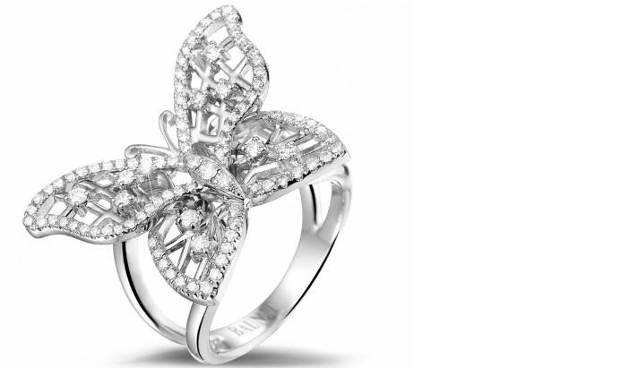 Bague en or balnc 18 carats et diamants naturels de la bijouterie Baunat